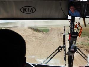 """Le """"Paris-Dakar"""", avec un car de 20 tonnes"""