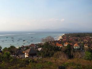 Vue panoramique sur le village de Nusa Lembongan
